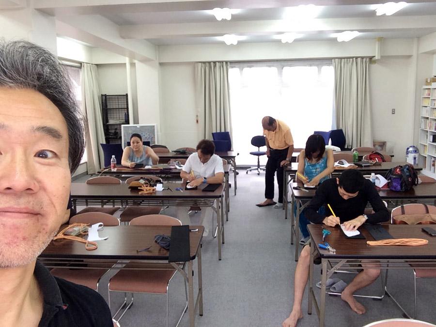 大人の工作! 大地と繋がるサンダル「ワラーチ」 @神田